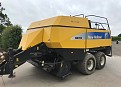 New Holland BB950A Baler